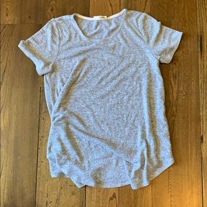 Wilfred Free grey top